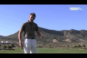 Golf Tips tv: Putting using the Line on the Ball